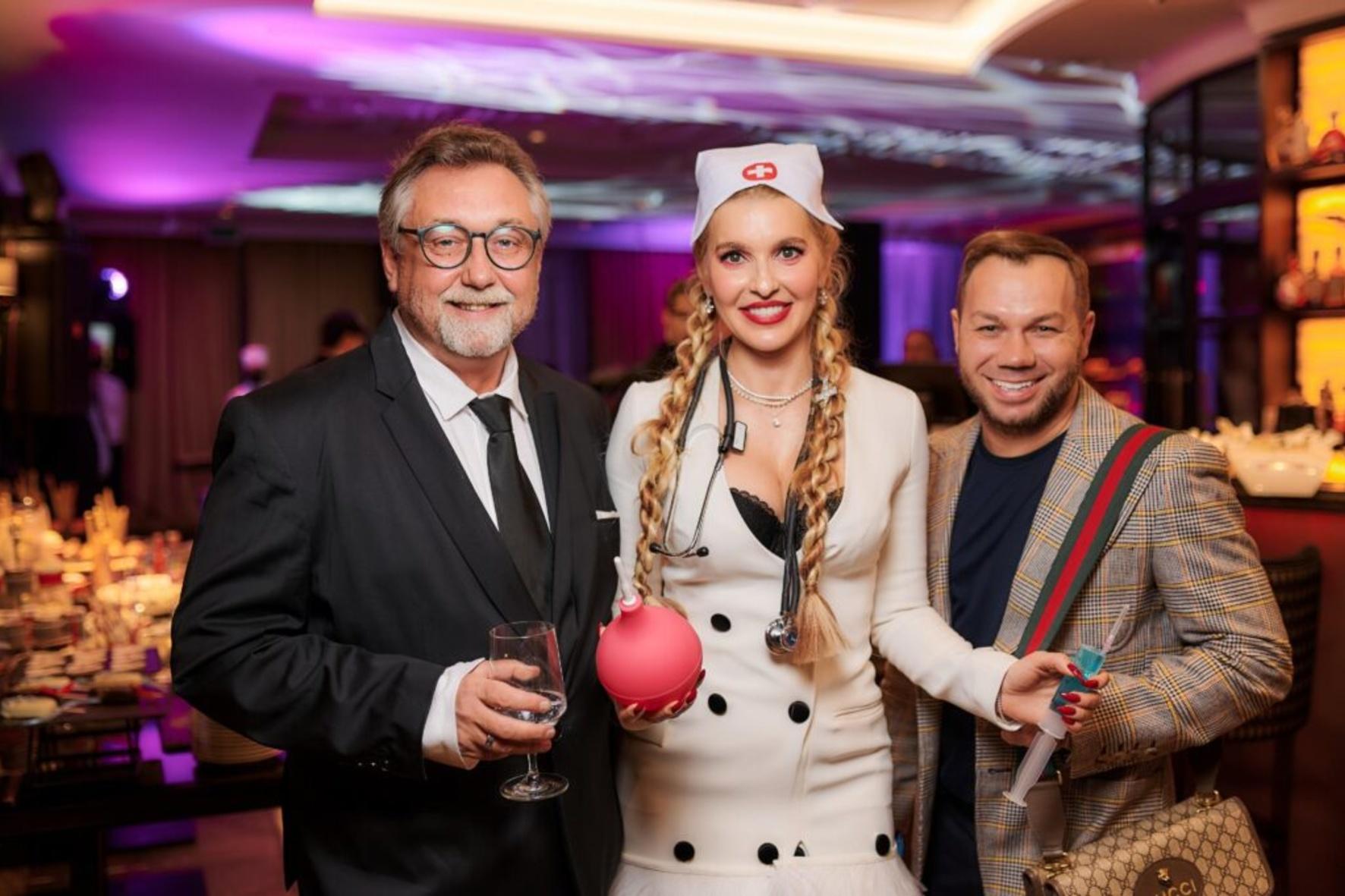 Анна Буткевич вакцинировала шоу-бизнес в честь своего дня рождения