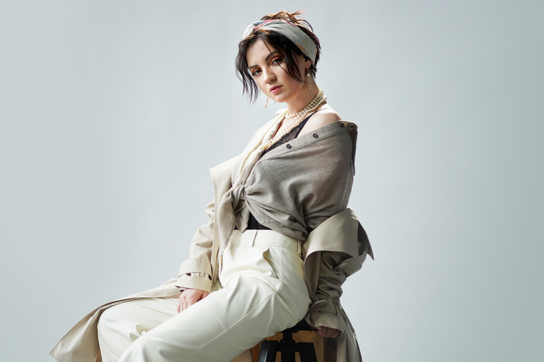 Оля Цибульська випустила кліп з архівними кадрами, які приховувала всю кар'єру