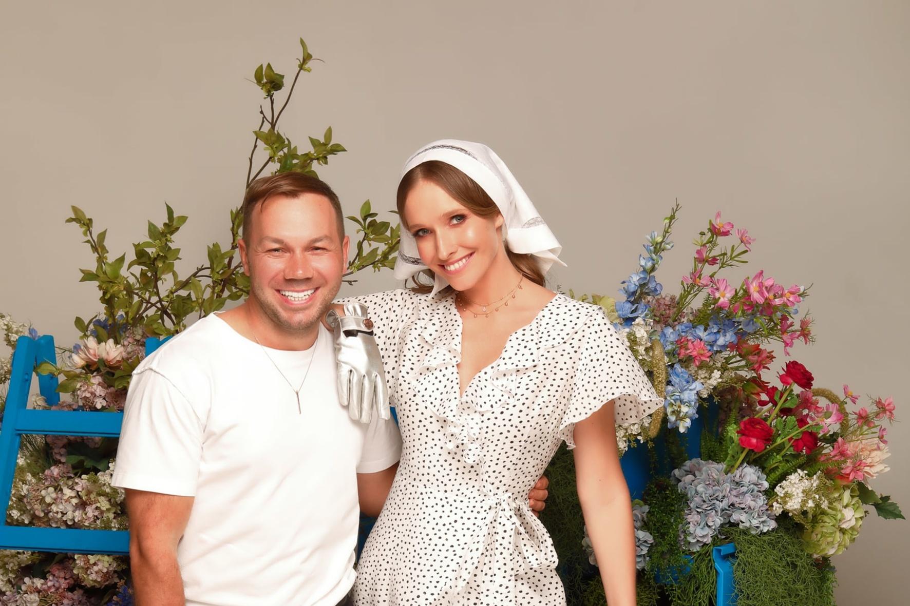 Андре Тан і Катя Осадча представили спільну колекцію одягу