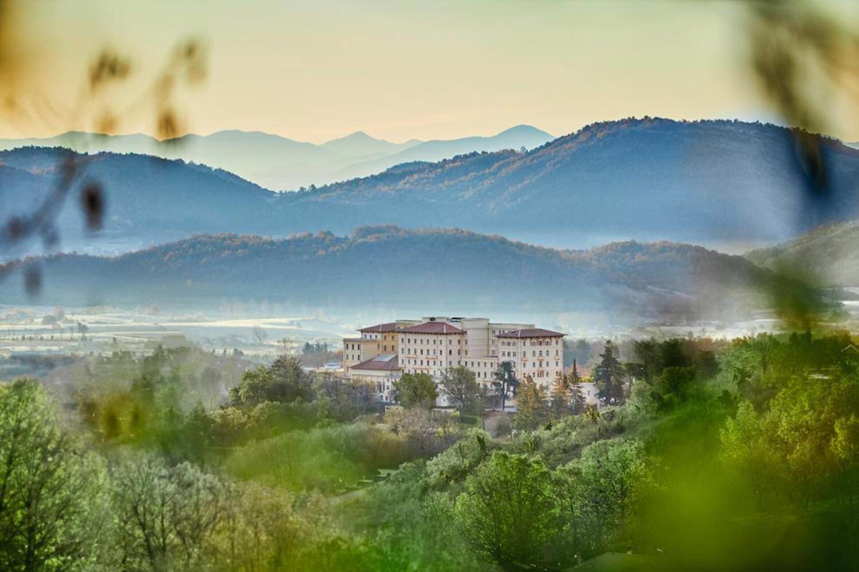 Отель Palazzo Fiuggi: легенда Италии