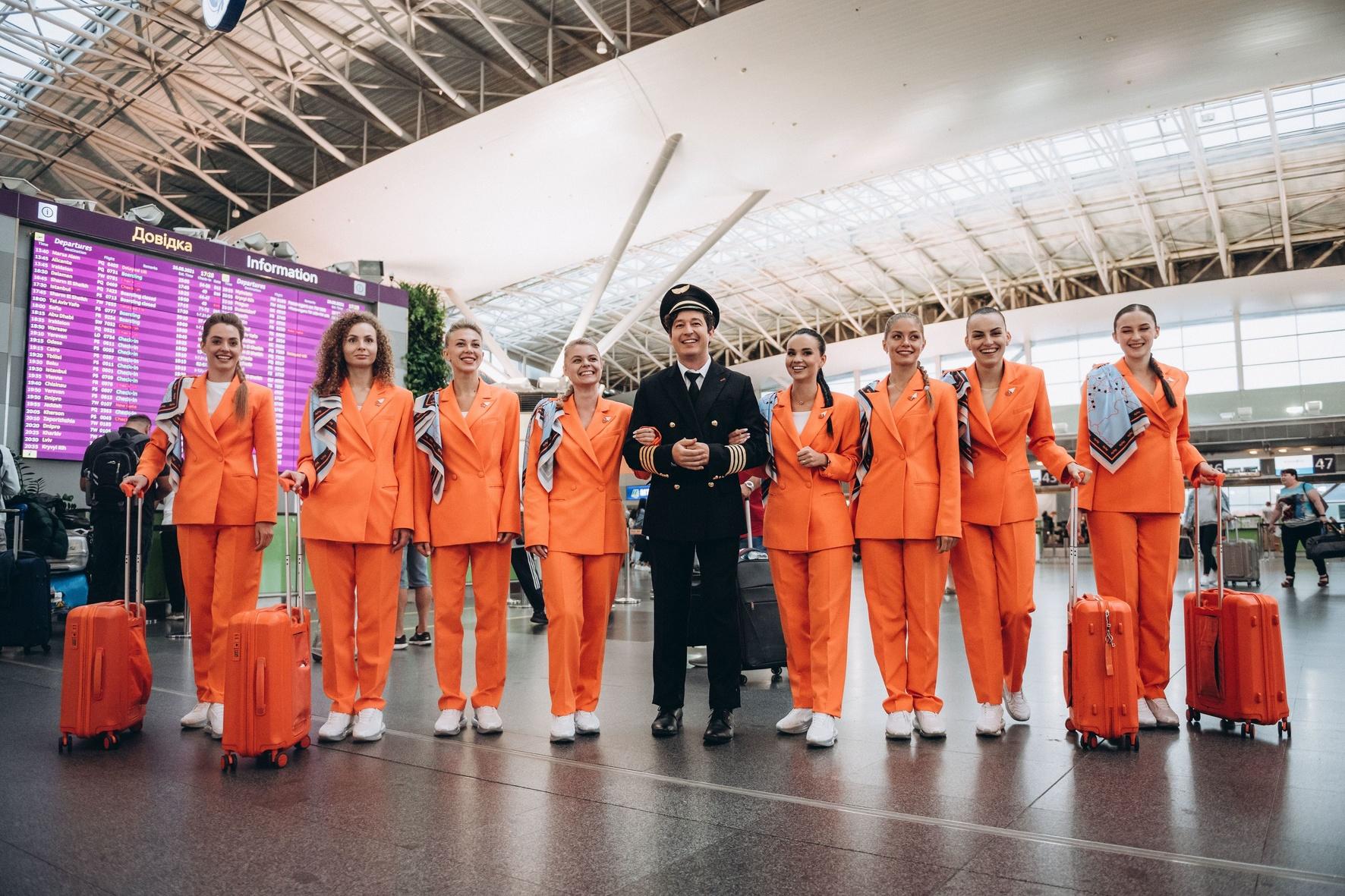 За штурвалом літакс Boeing 737-800: лідер проєкту Pianoбой Дмитро Шуров став пілотом
